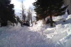 2012-zhadzovanie-snehu005
