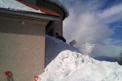 2012-zhadzovanie-snehu009