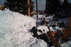 2012-zhadzovanie-snehu012