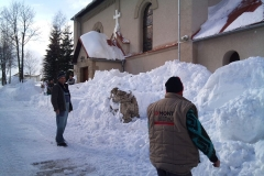 2012-zhadzovanie-snehu017