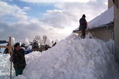 2012-zhadzovanie-snehu024